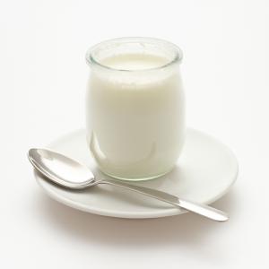 Yaourt nature lait entier 300x300 1